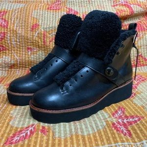 Coach Urban Hiker Shearling Leather Boots Sz 8
